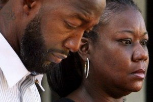 parents 300x200 Trayvon Martin's Parents Re live a 'Nightmare'