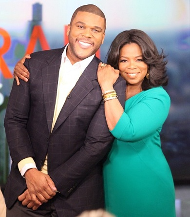 OprahWinfreyTylerPerry1 Tyler Perry signs TV deal with Oprahs OWN
