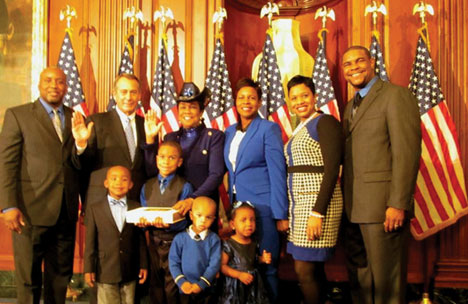 FSW Swearing in 113th Congr U.S. Representative Frederica Wilson sworn in to the 113th Congress