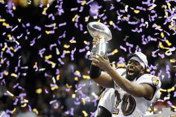 uspw 7007408.0 standard 352.0 Ravens hold on to win Super Bowl, 34 31