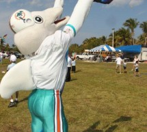 "Miami Dolphins Press Release – Miami Dolphins Take Part in ""Kiting with Kids and Fins"""