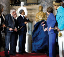 Rosa Parks honored by Congress with full-length statue