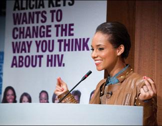alicia keys podium 520x328 Alicia Keys shines light on women and HIV
