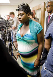 chicago cops taser pregnant Chicago to pay 55K to woman tasered by cops while pregnant