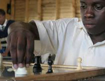 African girl goes from poverty to international chess star