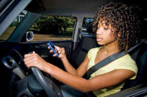 teen driving 05 300x199 Texting while driving: A quick crash course