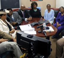 Rep. Frederica Wilson holds discussions on SYG law, Trayvon Martin