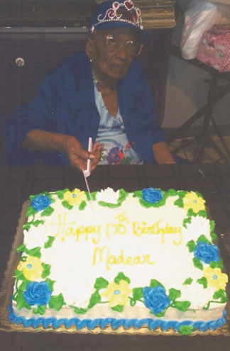 WILLIE B BUTLER Community Mom celebrates 100 fabulous years