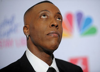 ARSENIO HALL RETURNS Arsenio Hall returns in strong form: His show is number one