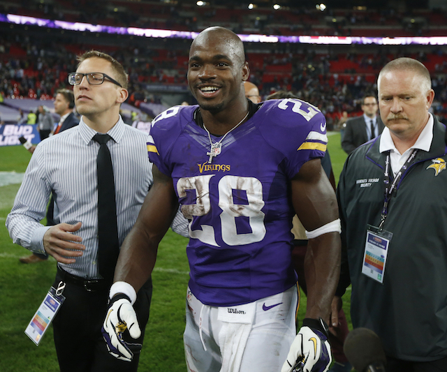 adrian petersons son dies dead1 Adrian Peterson Has Dealt With Tragedy Often