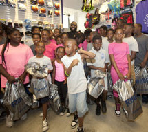 Rick Ross gives back
