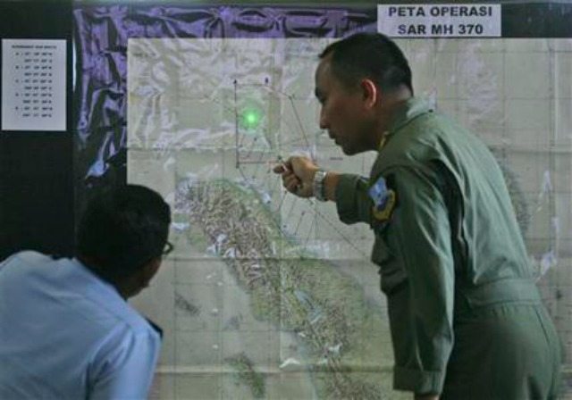 malaysia 5 Days Later, Officials Still Can't Locate Missing Jet