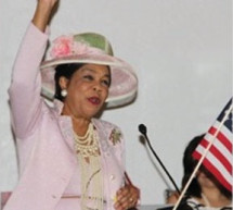 Congresswoman Frederica Wilson is the keynote speaker at Pumps, Pearls and Politics 2014