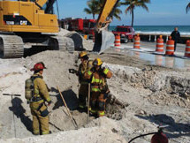 BROKEN GAS LINE SHUTS DOWN A1A IN FORT LAUDERDALE