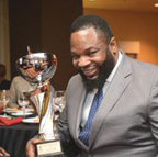 Hezekiah Walker honored with NNPA Torch Award