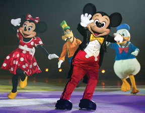 DISNEY-ON-ICE-Mickey,-Minni