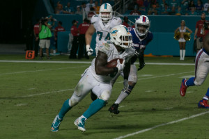 The Miami Dolphins running back Lamar Miller (#26).