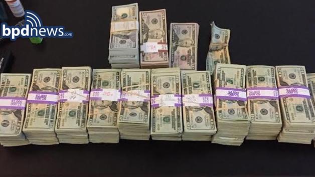 boston-cab-driver-cash