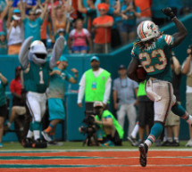 Jay Ajayi Ran the Miami Dolphins to Another Win