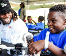 Miami Dolphins and Citi Host Touchdowns for Good Event with Jay Ajayi and Chef Timon Balloo