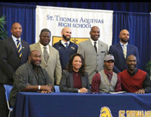 St. Thomas gridiron player Myles Wright follows suit of older brother; commits to Florida Institute of Technology