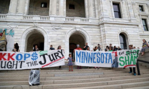 Hours after officer Yanez is found not guilty in fatal shooting of Philando Castile, marchers close I-94