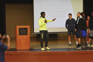 Center, DaJuan Morgan, a former NFL defensive back with the Kansas City Chiefs recently participated in a Student ACES leadership initiative.